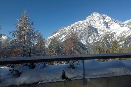 Sulle piste da sci - San Sicario Alto - Huoneisto