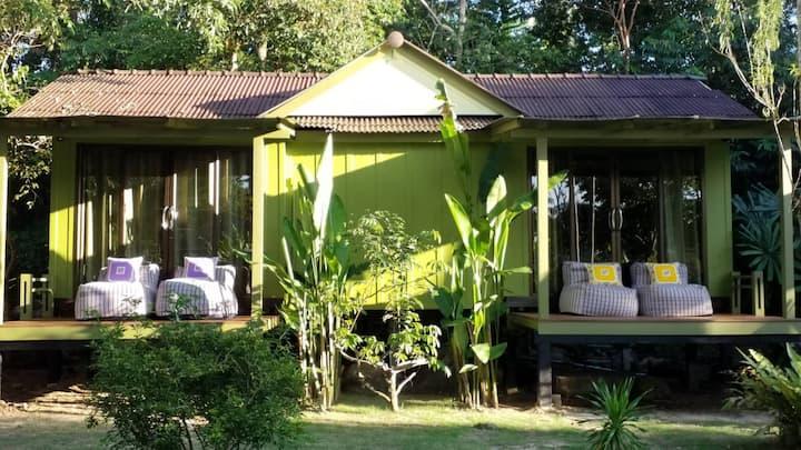 Baan Bua Cottage, by ZERO