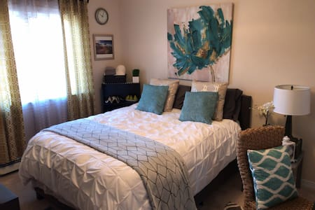 Upscale, modern, centrally located: 1bedroom+bath - Gallup