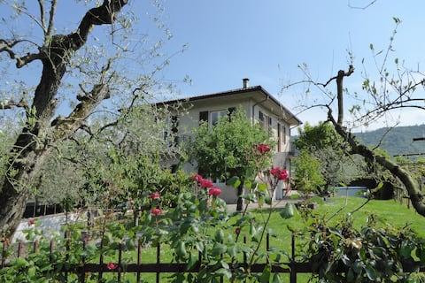 100 kvm  lejlighed med terrasse i vingårdene