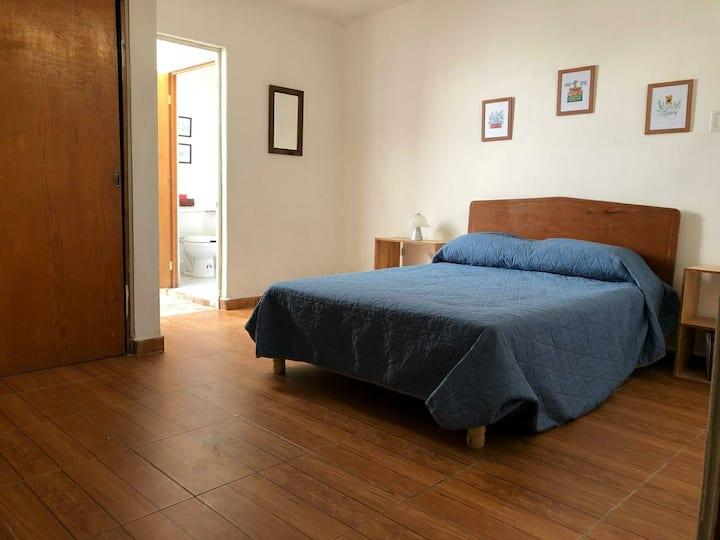 Cómoda y Acogedora casa Zona Tec de Mty