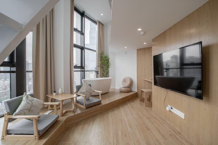 【栖木】五一广场,太平街,全新loft公寓,米家智能,半江景大落地窗,电视浴缸房,楼下解放西,文和友