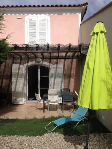 Maison accueillante proche de Montpellier - Saint-Clément-de-Rivière - Casa