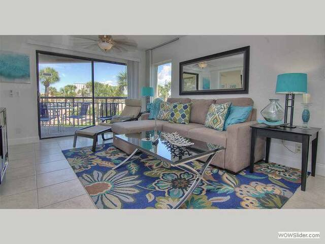 GSR208 - Modern and Airy Beachside Condo in Award Winning St Pete Beach - St. Pete Beach - Osakehuoneisto