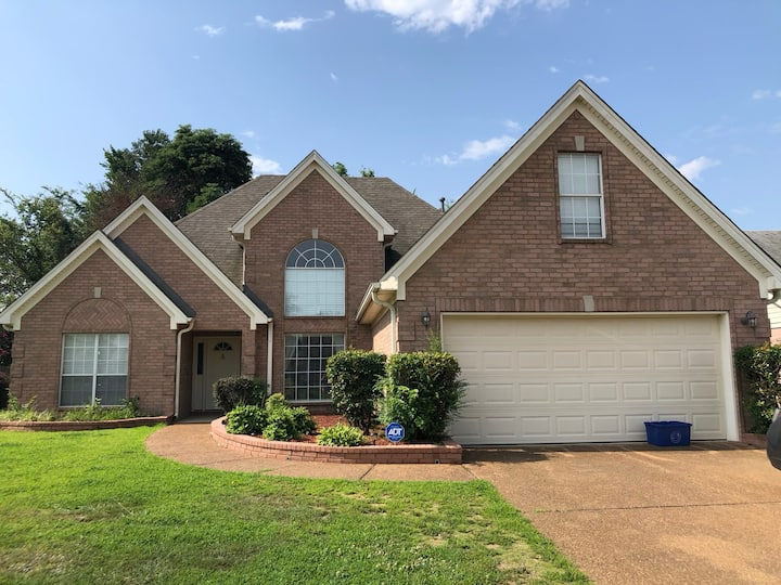 PET FRIENDLY House in Memphis-Metro Area