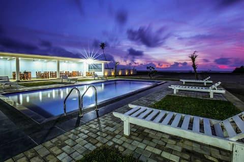 Castali Beach Resort