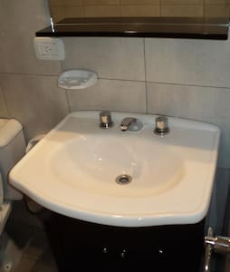 Excellent studio apartment - Castelar - Kondominium