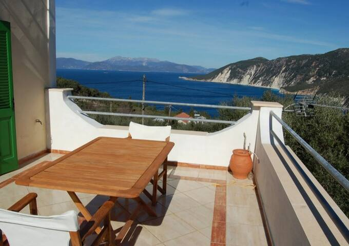 Afales Villa - up to 10 pax