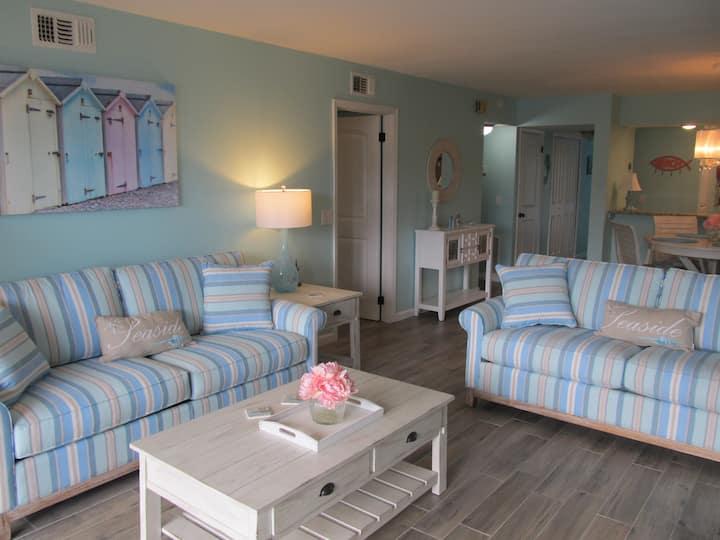 ABSOLUTELY INCREDIBLE 2 Bedroom Condo, ocean view!