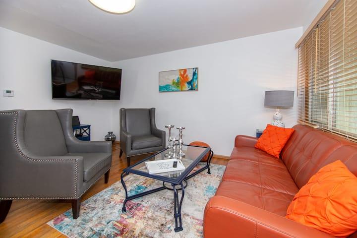 Rushmore Retreat II:Your Home Away From Home
