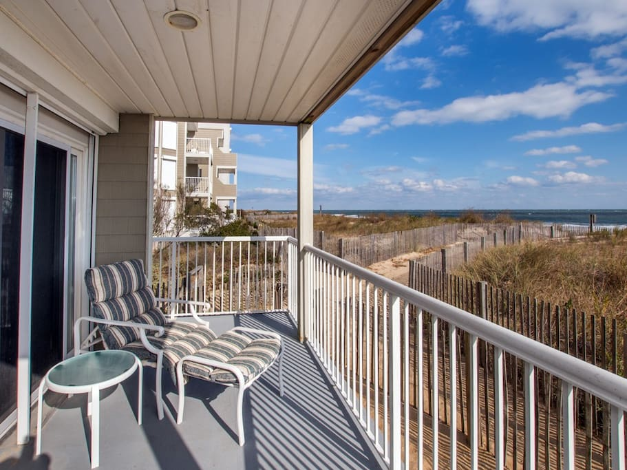 Silver Sands, 102 S - Balcony