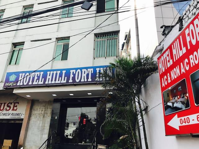 Hotel hill fort inn - Hyderabad