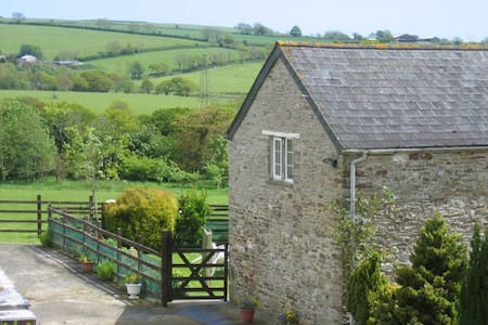 Country cottage with woodburner! - Looe - Chalet