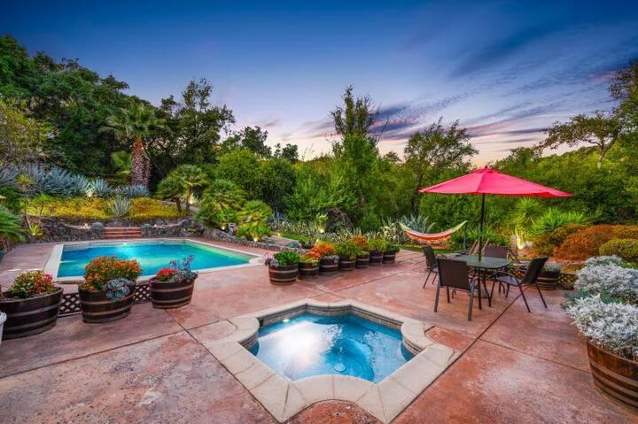Private Sonoma Estate + Pool & Boutique Vineyard