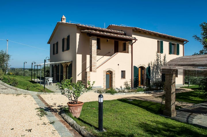 Casa Daniela in the country of San Gimignano