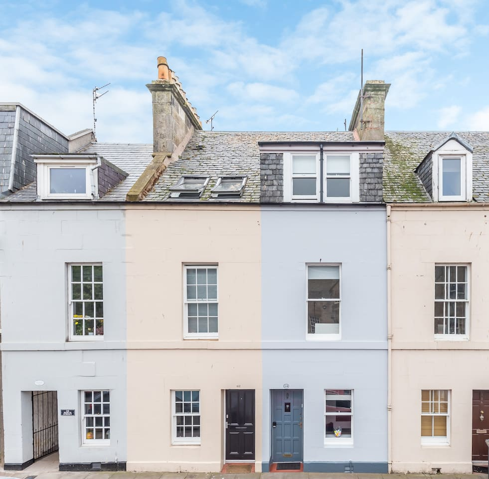 In the very heart of historic St. Andrews, minutes from shops, beaches and the Old Course