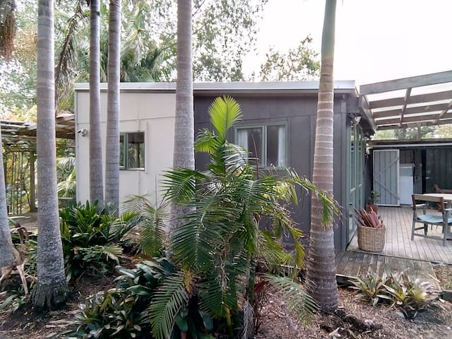 Palm Tree Cottage