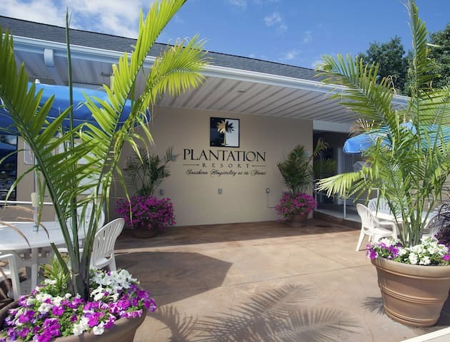 Plantation Resort Villas - Surfside Beach Luxury