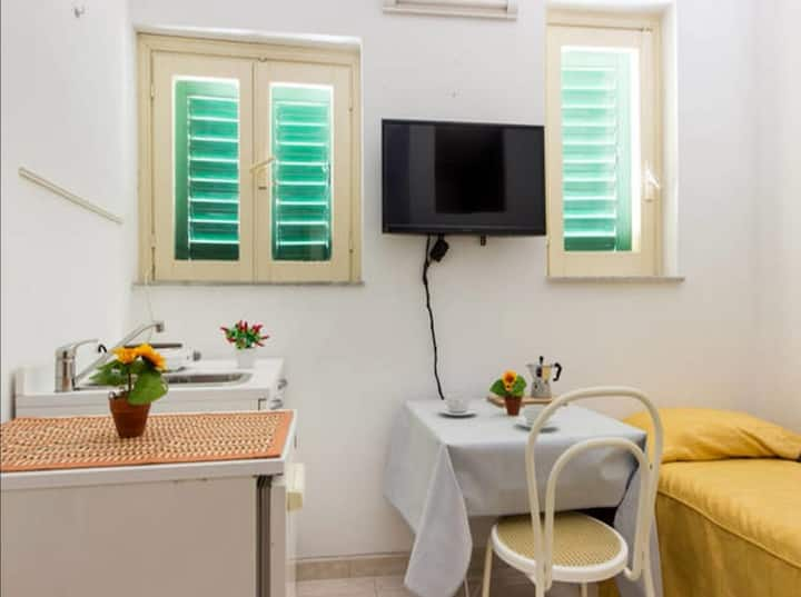 Easy price and Easy stay| Ortigia Flat