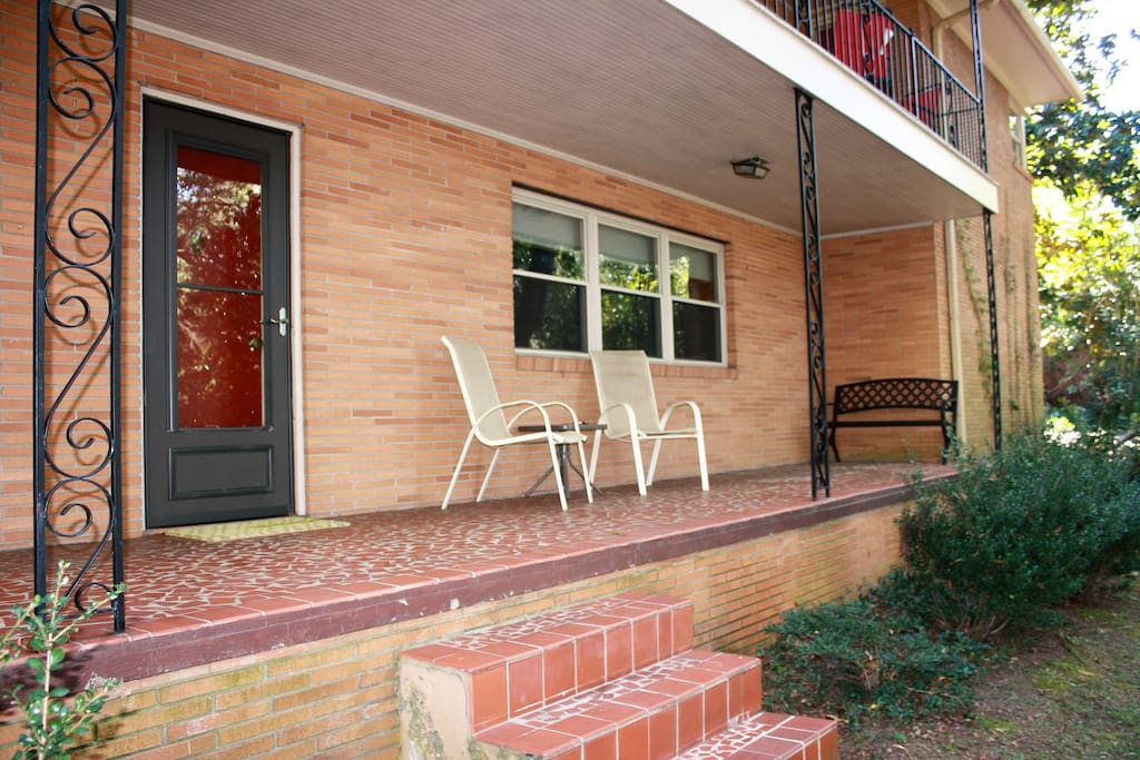 Private front porch provides access to the unit. Must be able to walk up 3 stairs.