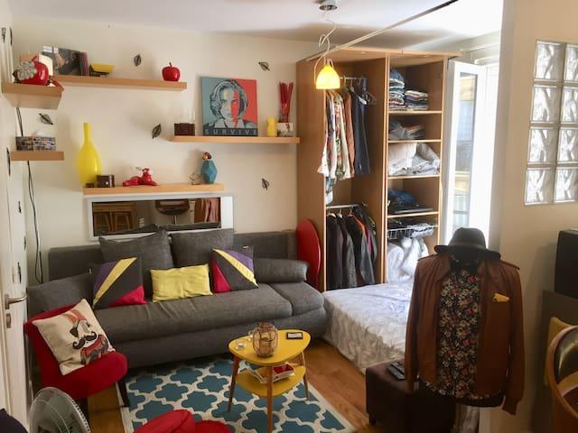 Charmant studio à deux pas de Montmartre