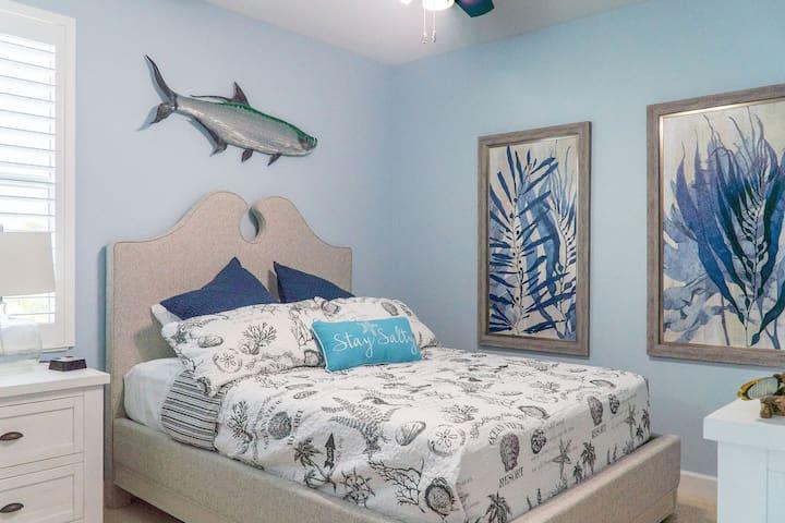 3rd-floor Blue Oasis Room