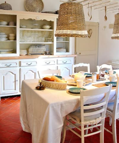 Romantisches Maison de Mathilde/Provence - Propiac - Hus