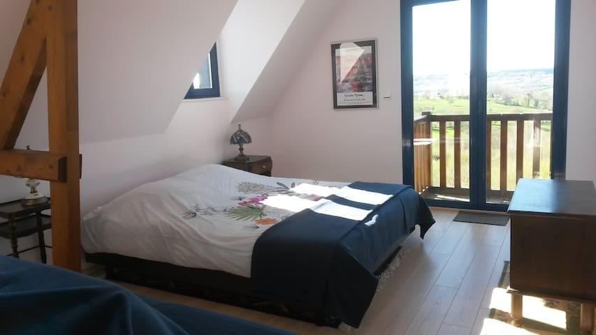 Chambre avec Vue sur la Vallée - Les Authieux-sur-Calonne - Casa