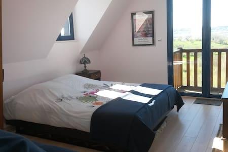 Chambre avec Vue sur la Vallée - Les Authieux-sur-Calonne