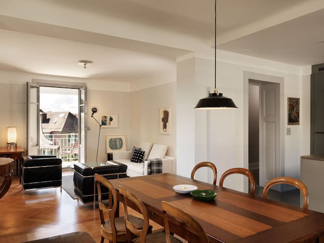 Luxury and charming renovated apartment, Lausanne
