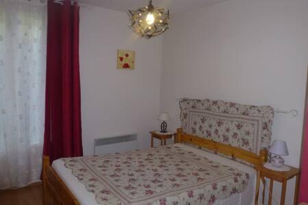 Appartement pour curistes en saison.
