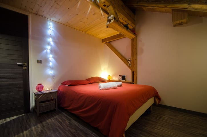 Cosy room 15 min from Ski resorts