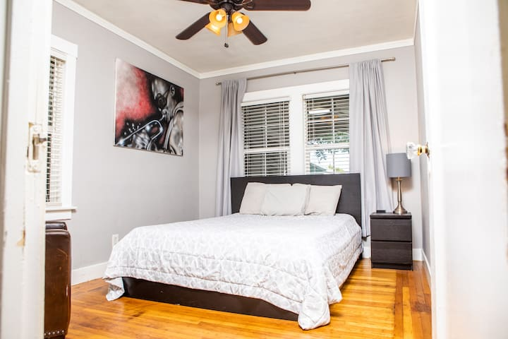 Relax on the Tuft &Needle memory foam mattress in the front bedroom.