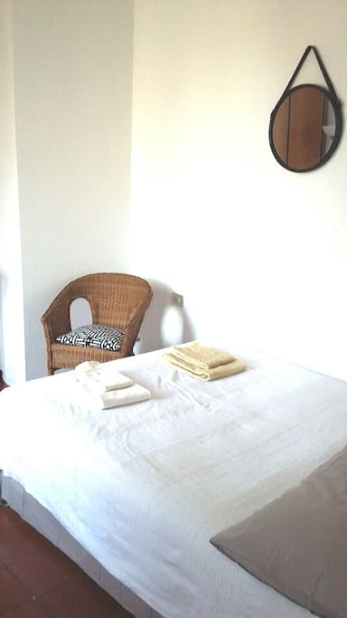 Bright and quiet bedroom for 2 (a baby-cot for children aged 0 to 24 months is available upon request)