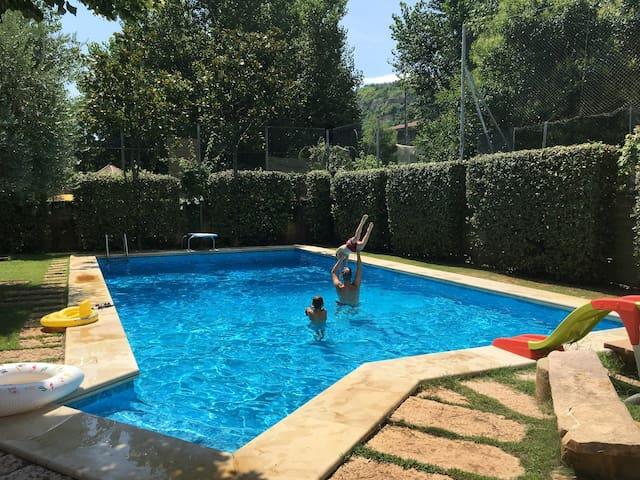 Villa al mare piscina spiaggia park bici gratis. 2