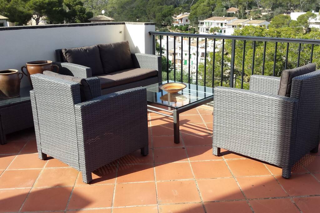 Die Lounge-Ecke auf der Terrasse