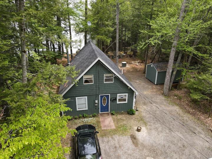 Pet Friendly Perfect Maine Lakeside Retreat