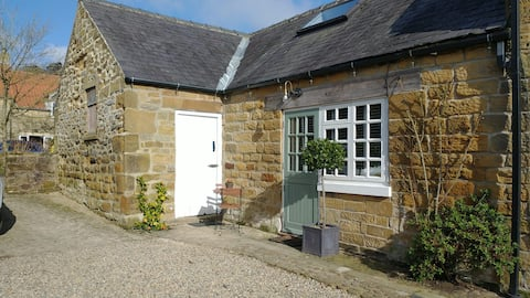 Luxury Studio Boltby, North York Moors, Log Stove