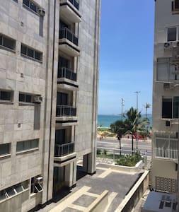 Loft em Ipanema com vista para praia - リオデジャネイロ - アパート