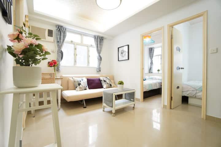 (PK) 佐敦,地鐵站出口50米,兩房一廳,獨立廚廁,乾淨企理,適合4-8人