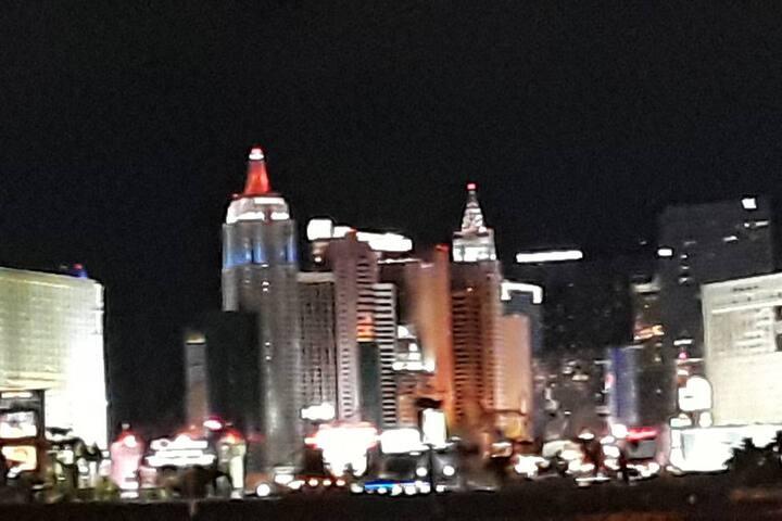 Las Vegas 1bd 1bth apt near the Strip (Dan)