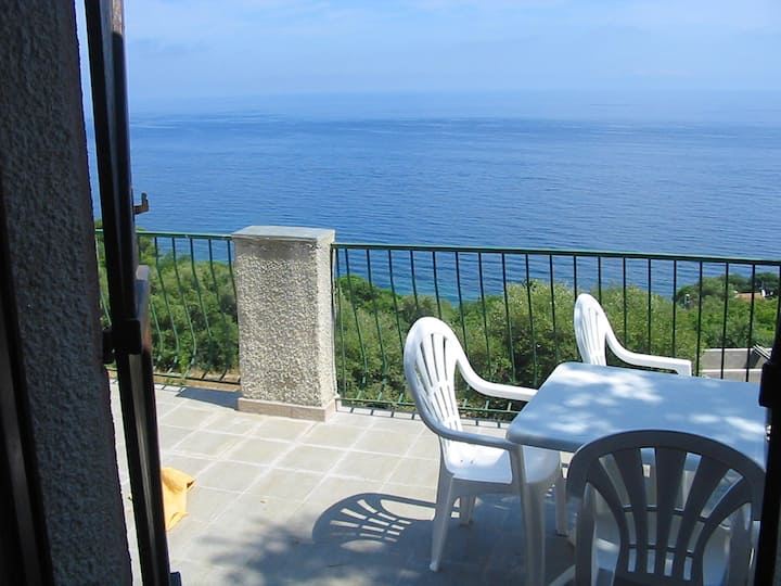 Apartment with one bedroom in Pietranera, with wonderful sea view and terrace