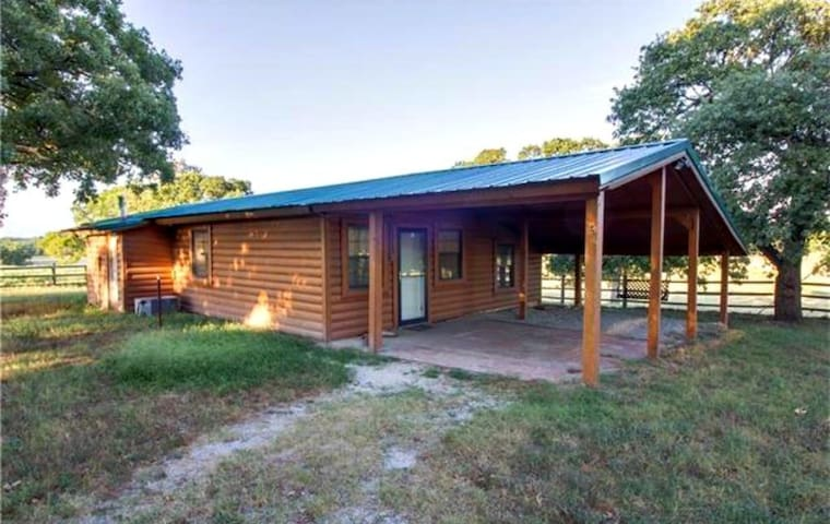 Banks Valley Guest Ranch - 1 Bed/1Ba Guest house