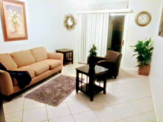 Relax, Unwind & Enjoy a One Bedroom Guest Suite!
