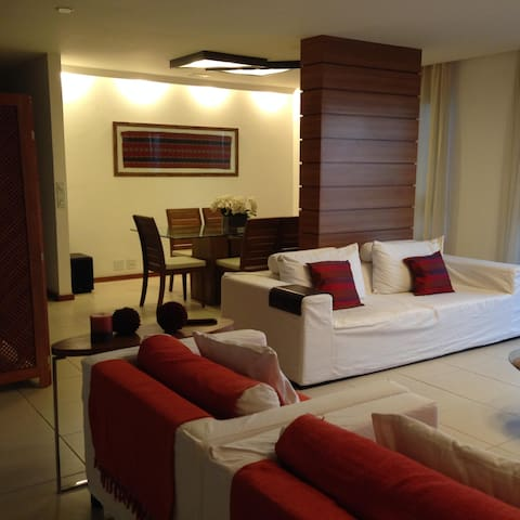 Wonderful apartment in Ipanema in front of the Lagoon