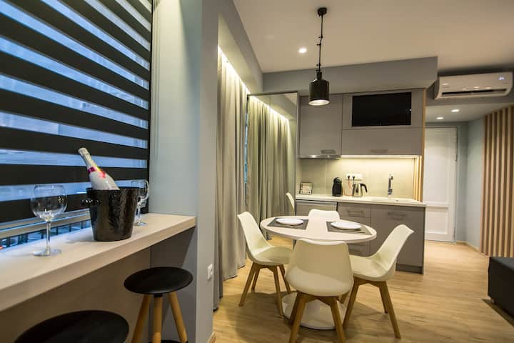 Preveza Central Suite Stay