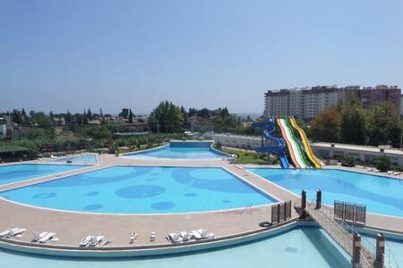 LİPARİS 7, Deniz ve Havuz manzaralı, 2+1, 100m2 - Kargıpınarı Belediyesi - Wohnung