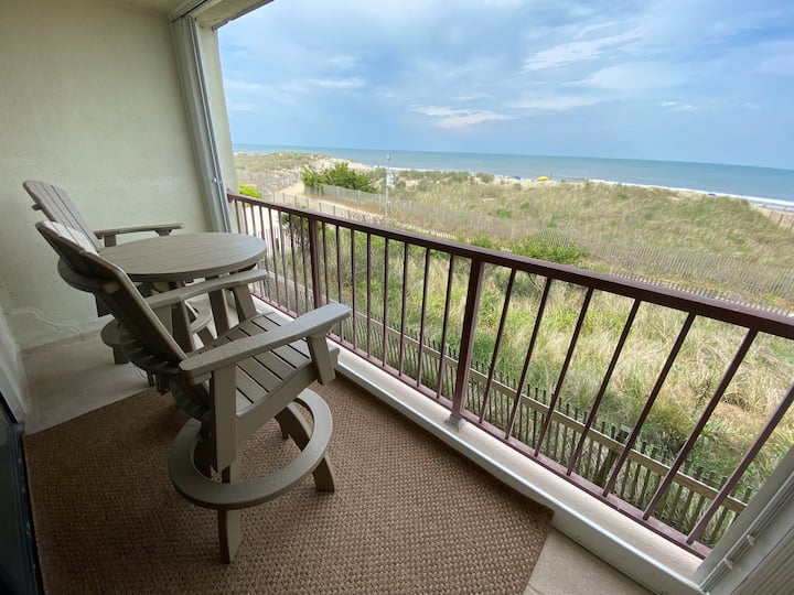 Caramar Couples Oceanfront Retreat