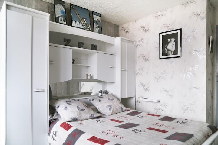 chambre   en résidence calme