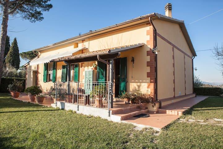 Villetta in campagna - Tripalle - House